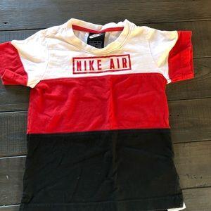 Boys size 7 Nike Air shirt